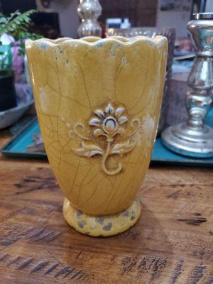 Garden vase for Sale in Hacienda Heights, CA