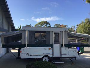 Pop up Camper Coleman Fleetwood for Sale in Carlsbad, CA