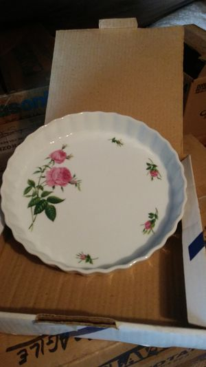 Antique Pie Plate for Sale in Greencastle, PA