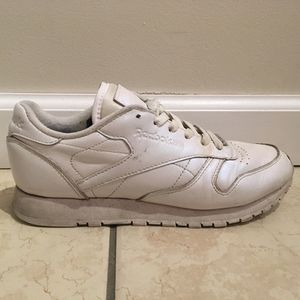 Reebok Pearlescent Sneakers for Sale in Portland, OR