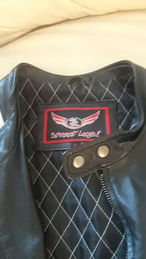 Sweet legal leather motorcycle jacket size large for Sale in Cleveland, OH