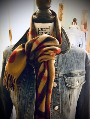"""Burberry with Hearts on Nova Check plaid authentic and light weight cashmere. Muffler/scarf 36"""" long ❤️❤️🧣🎁 for Sale in Wake Forest, NC"""
