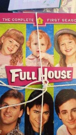 FULL HOUSE DVDS Seasons 1 to 8 for Sale in Chantilly, VA