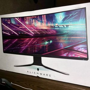 "*CHEAP* Alienware AW3420DW 34"" 4K 144hz Gaming Monitor for Sale in Half Moon Bay, CA"