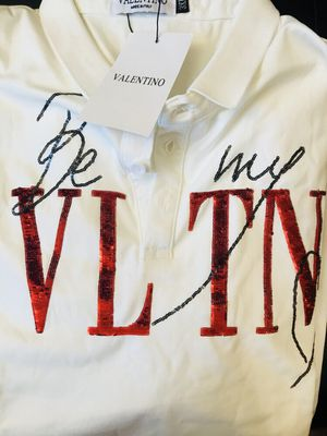 BRAND NEW VELENTINO TSHIRT! LARGE for Sale in Ewing Township, NJ