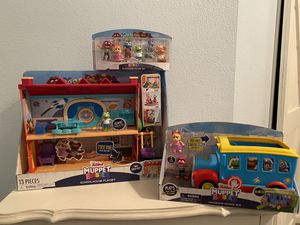 Muppet baby schoolhouse toy lot NEW for Sale in Bryan, TX