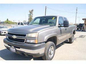2007 Chevrolet Silverado 2500HD Classic for Sale in Fresno, CA