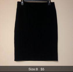 Black knee high skirt for Sale in Wichita,  KS