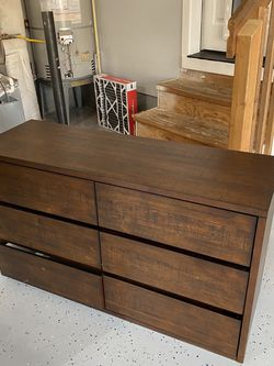 Dark Wood Dresser 6 Drawer for Sale in Portland,  OR