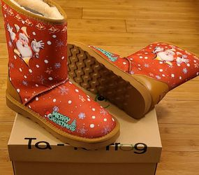 Snow Boots Size 7,9 And 10 For Kids. for Sale in Lynwood,  CA
