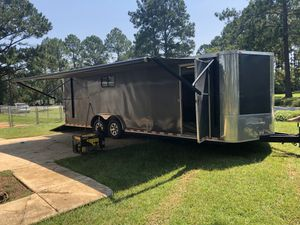 2017 24ft. Enclosed Trailer (Toy-Hauler). for Sale in Murfreesboro, TN
