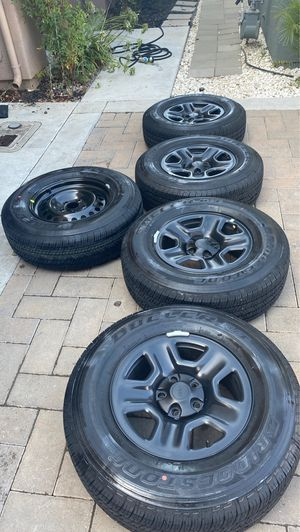 "17"" TIRES—— $800 OBO for (5)-17"" Bridgestone Tires 245/75R17 with (5)OEM 17"" Mopar wheels for Sale in Hollister, CA"