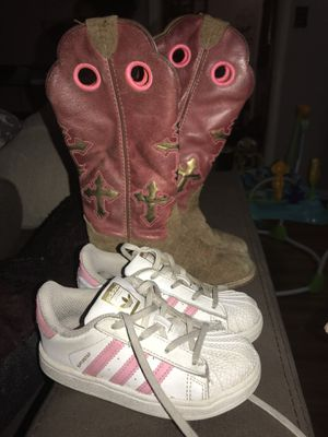 Size 9k shoes and boots for Sale in Tulsa, OK
