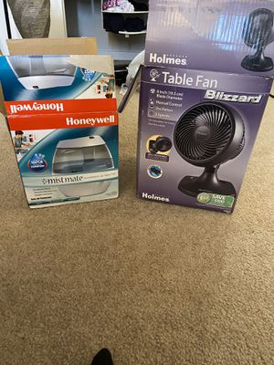Table Fan and Honeywell Humidifier for Sale in Wyncote, PA