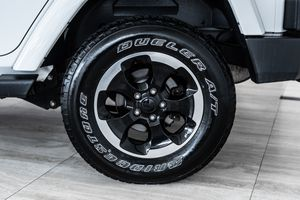 (LIMITED EDITION) WHEELS FOR JEEP WRANGLER RUBICON SAHARA 18×7.5 for Sale in Los Angeles, CA