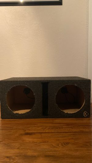 10in sub box for Sale in Fresno, CA