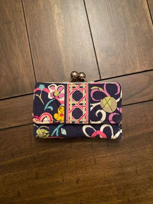 Vera Bradley wallet with coin change holder for Sale in Meridian, MS