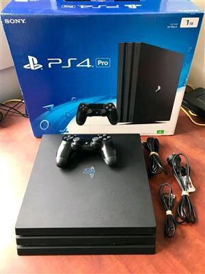PlayStation 4 pro like new for Sale in Long Beach, CA