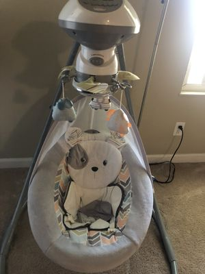 Baby Swing Fisher Price for Sale in Fremont, CA