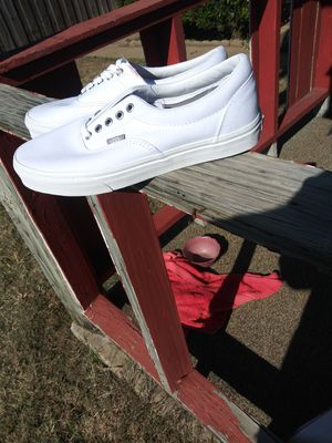 Brand New Vans Shoes 9.5 Mens & 11 Womens for Sale in Dallas, TX