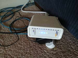 Two-in-one 8x4 DOCSIS 3.0 Cable Modem + N300 WiFi Router for Sale in Ypsilanti, MI