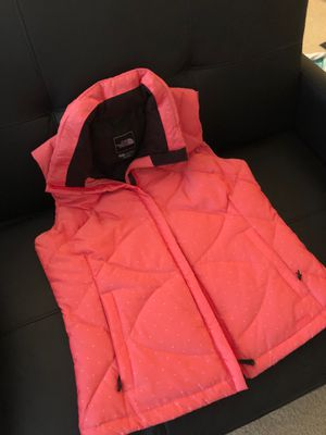 North Face Down Vest! Worn once! Size M. Pink with white polka dots! for Sale in Washington, DC