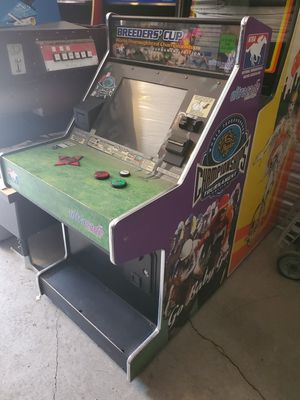 Breeders cup arcade game (non working) for Sale in Gresham, OR