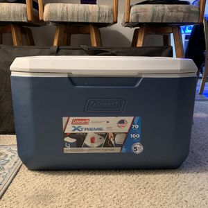 Coleman Xtreme 70qt Cooler for Sale in Seal Beach, CA