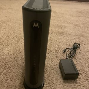 MOTOROLA MG7540 16x4 Cable Modem for Sale in New Haven, CT
