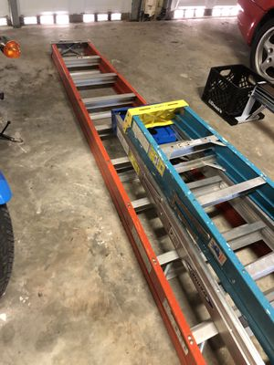LARGE LADDERS ALUMINUM NICE! for Sale in Key Biscayne, FL