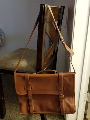 Authentic Leather Coach Messenger bag for Sale in Las Vegas, NV