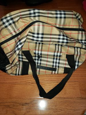 Burberry Authentic Duffle Bag for Sale in Queens, NY