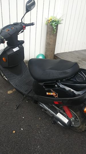 Adly. Scooter for Sale in Springfield, MA