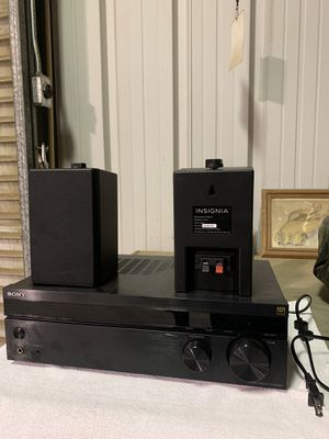 Sony Stereo System with Insignia Speakers for Sale in Jurupa Valley, CA