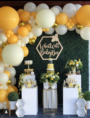 New theme baby shower / gender reveal / grass hedge wall / pillars / pedestals / balloons / globos / balloon garland / wedding / birthday for Sale in Colton, CA