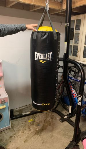 Everlast Dual Bag and Stand for Sale in Kent, WA