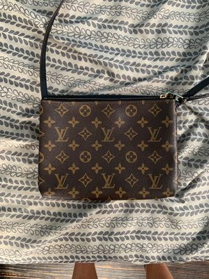 Louis Vuitton bag for Sale in Norwood, PA
