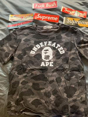 BAPE x Undefeated Tee Grey SIZE M for Sale in Bloomington, CA