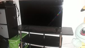 32in TV and tv stand for Sale in Poway, CA