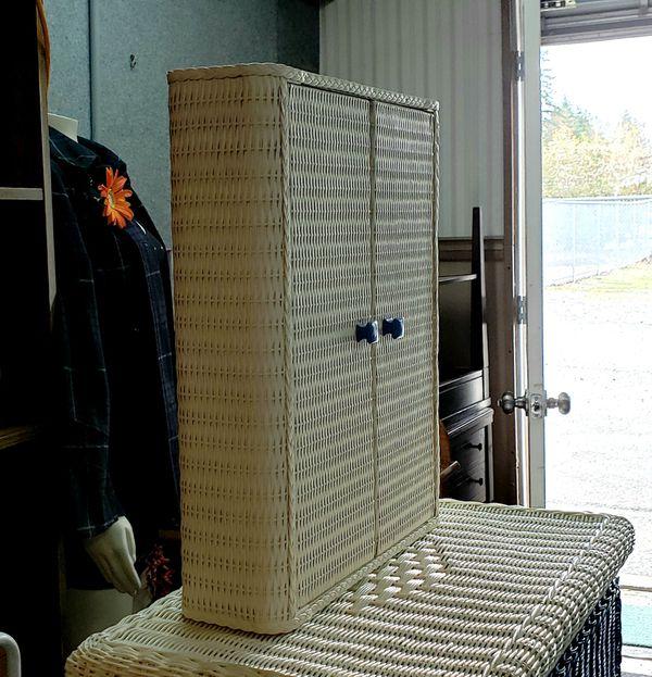 Wicker Dresser and Wicker Wall Cabinet