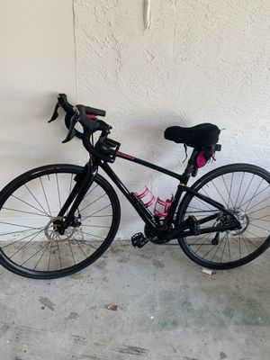 Specialized Ruby women's road bike, small 44cm, low miles, mint condition for Sale in Delray Beach, FL
