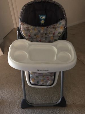 Baby trend high Chair for Sale in Manassas, VA
