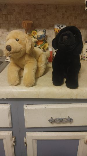 Retired Toys R Us Animal Alley Labrador puppies plushies for Sale in Cleveland, OH