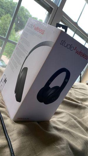 Beats Studio 3 Wireless NEW OPEN BOX for Sale in Hoffman Estates, IL