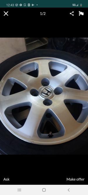 Honda si 15 inches rims with new tires for Sale in Riverside, CA