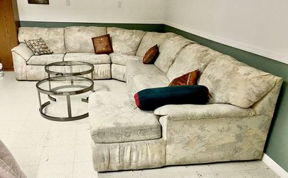 Sleeper Sectional Sofa With Coffee Table for Sale in Wayne,  IL