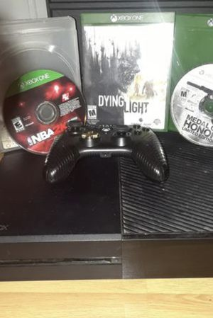 Xbox one for sale works perfectly fine for Sale in Columbus, OH