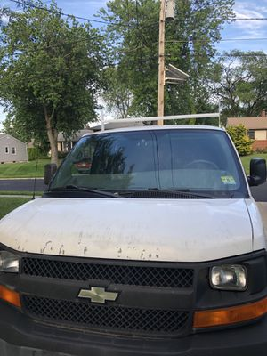 2006 chevy express 1500 for Sale in Edgewater Park, NJ