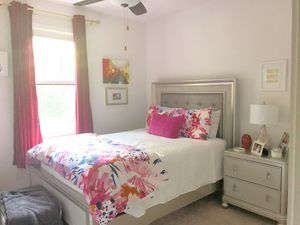 Queen Bed Frame (Mattress, Nightstand, and Accessories NOT Included) for Sale in Nashville, TN