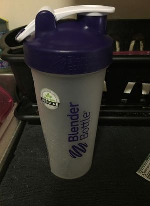 Blender bottle for Sale in Marlborough, MA